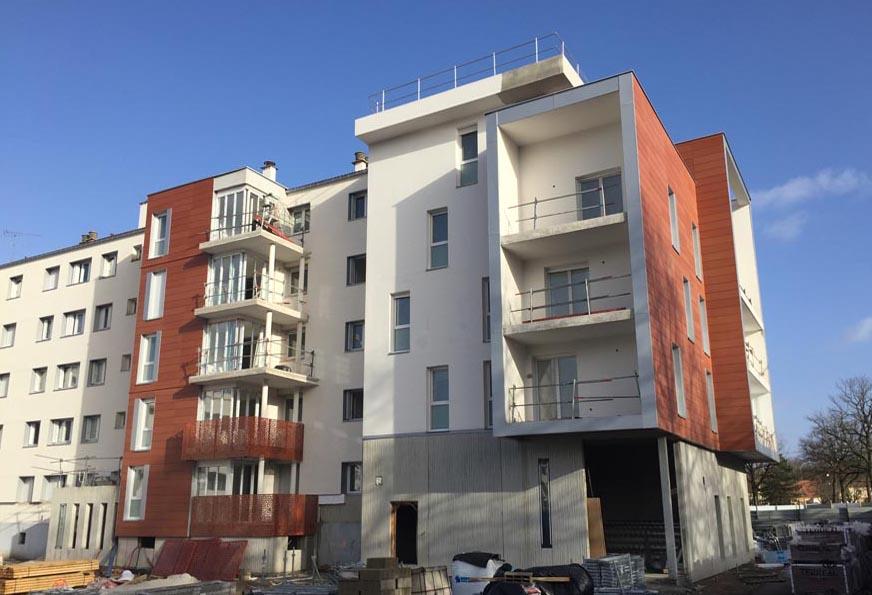 Réhabilitation, résidentialisation, extension de 200 logements et construction de 33 logements PLUS, 10 logements en accession. Les Mureaux (78)